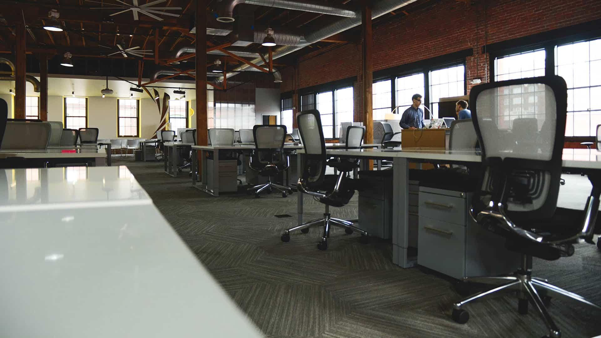 De voordelen van gebruikte kantoormeubelen