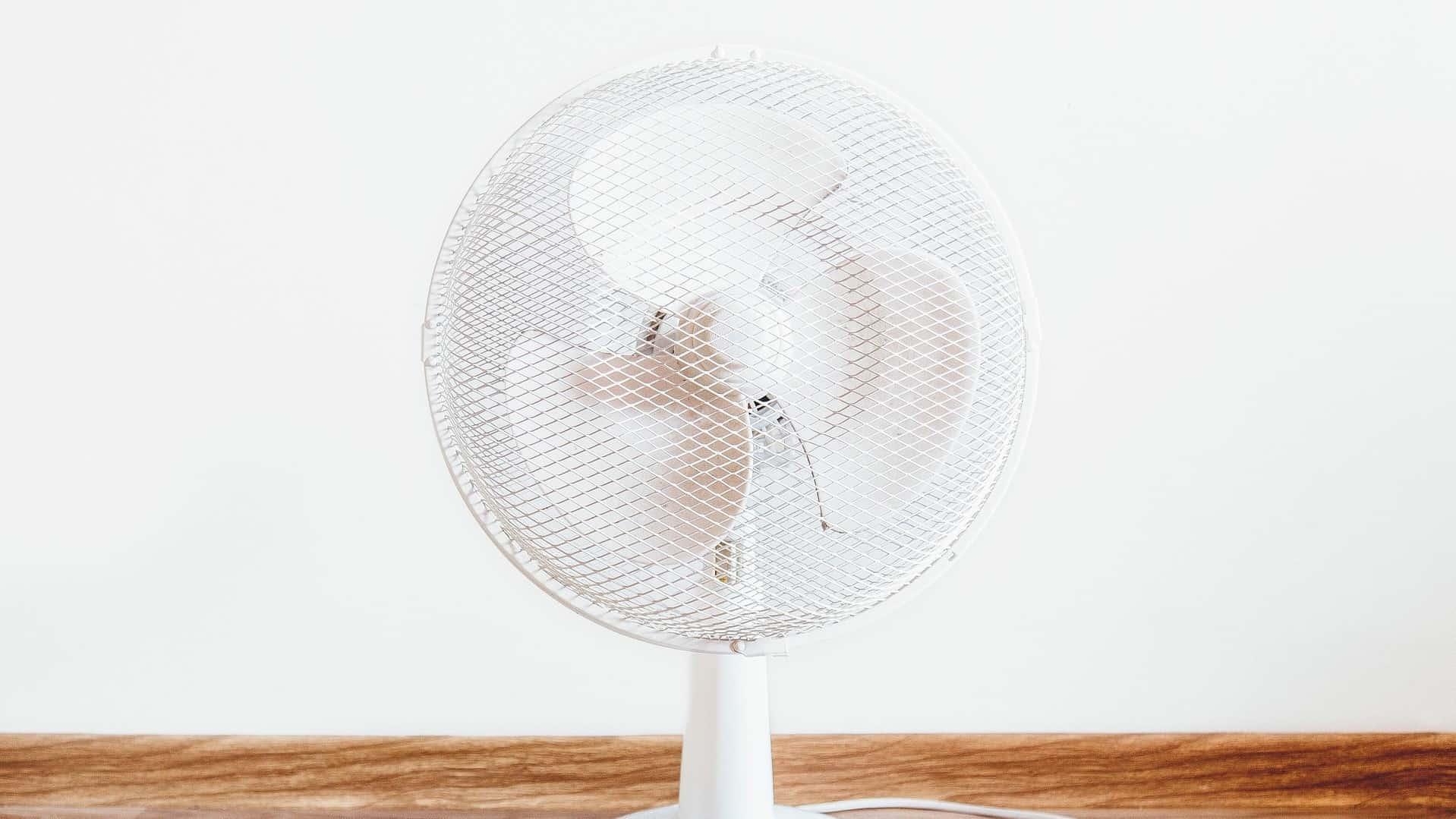 Te warm op kantoor? Deze tips helpen